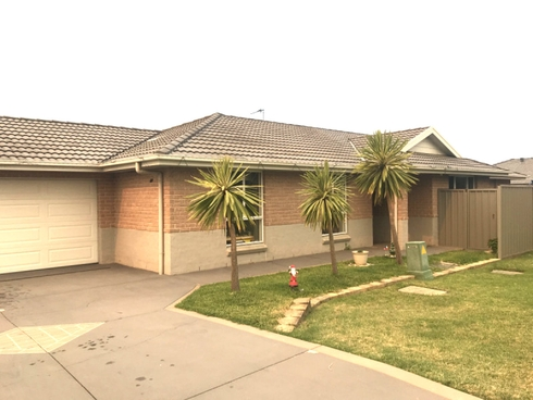 3 Dell Close Hamlyn Terrace, NSW 2259