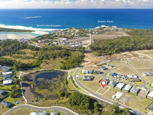 32 Macquarie Drive Burrill Lake, NSW 2539