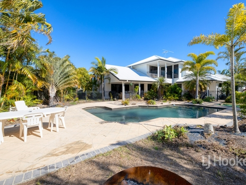 5 Seaside Drive Banksia Beach, QLD 4507