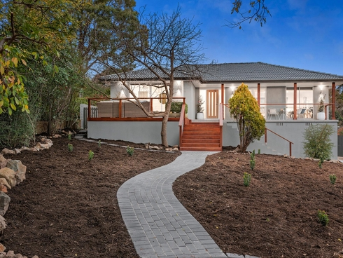 6 Flierl Place Flynn, ACT 2615
