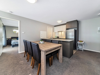 151/8 Limburg Way Greenway , ACT, 2900