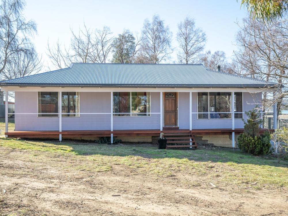 10 Tasman Street Oberon, NSW 2787