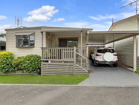 102/2 Macleay Drive Halekulani, NSW 2262