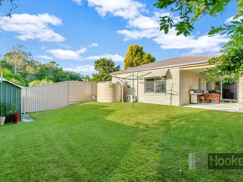 76 Morala Avenue Runaway Bay, QLD 4216