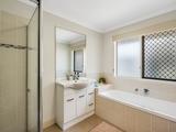 12 Sandalwood Drive Glenvale, QLD 4350