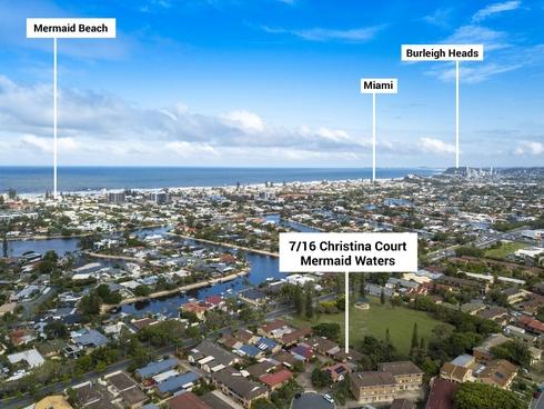 7/16 Christina Court Mermaid Waters, QLD 4218