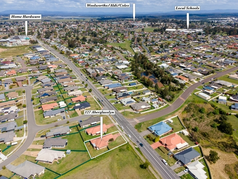 127 Aberglasslyn Road Rutherford, NSW 2320