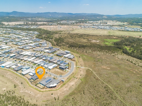 39 Whitsunday Circuit Pimpama, QLD 4209