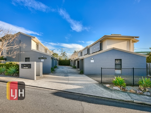 1/17 Crana Street Gaythorne, QLD 4051