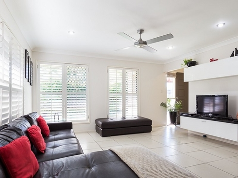 64 Wellington Street Ormiston, QLD 4160