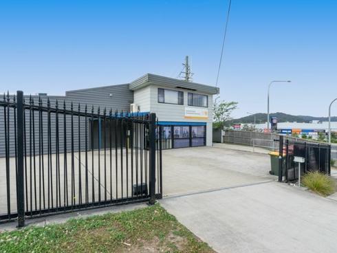 16 Dyer Crescent West Gosford, NSW 2250