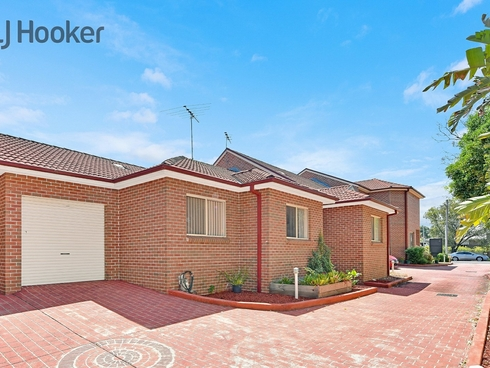3/61 Orchard Road Bass Hill, NSW 2197