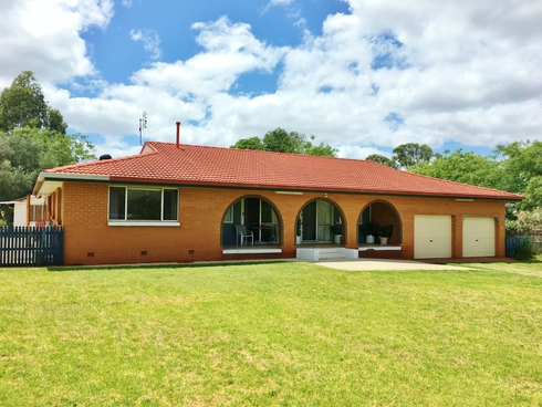 7 Taylors Road Kingaroy, QLD 4610