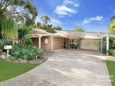 4 Cooloola Court Everton Hills, QLD 4053