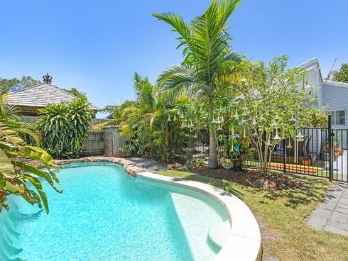 22 Allinga Street Coombabah, QLD 4216