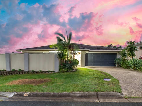 2/11 Stacer Street Upper Coomera, QLD 4209