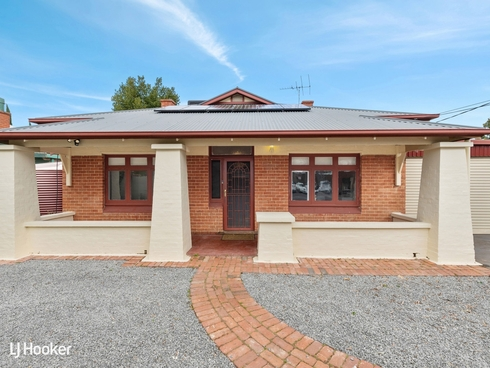 2 Dinwoodie Avenue Clarence Gardens, SA 5039