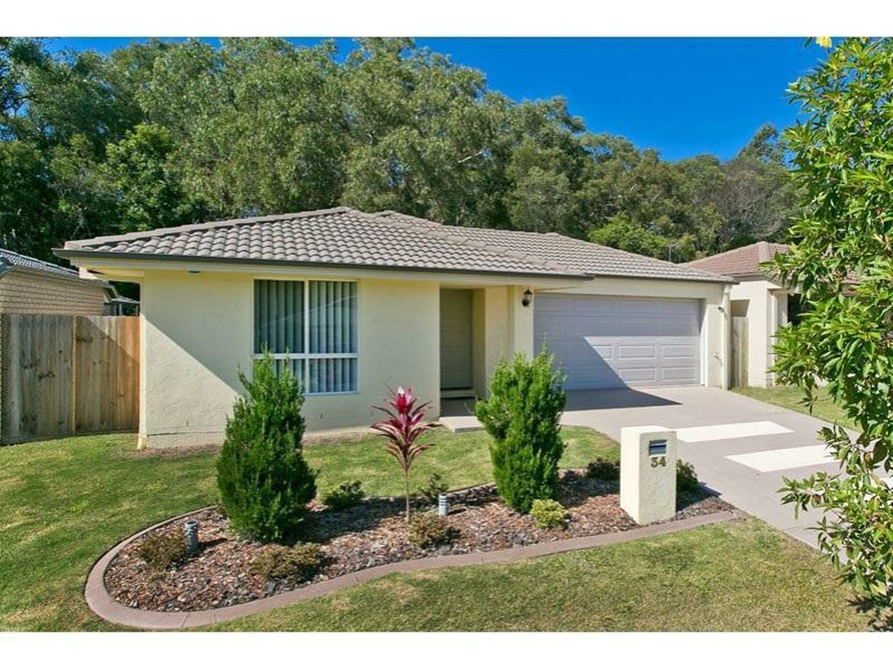 34 Riley Peter Place Cleveland, QLD 4163