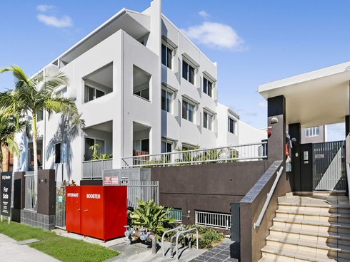 10/6-10 Rose Street Southport, QLD 4215