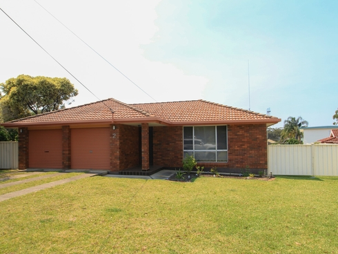 2 Inlet Avenue Sussex Inlet, NSW 2540