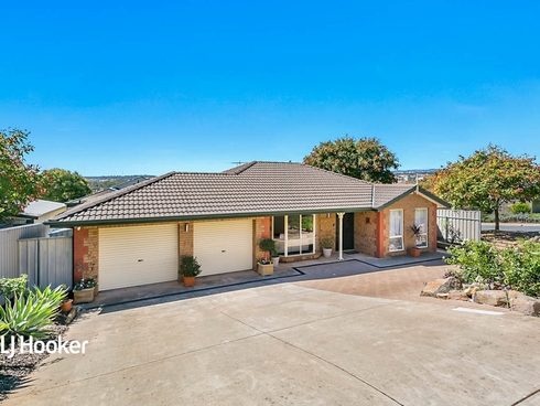 2 Callara Close Greenwith, SA 5125