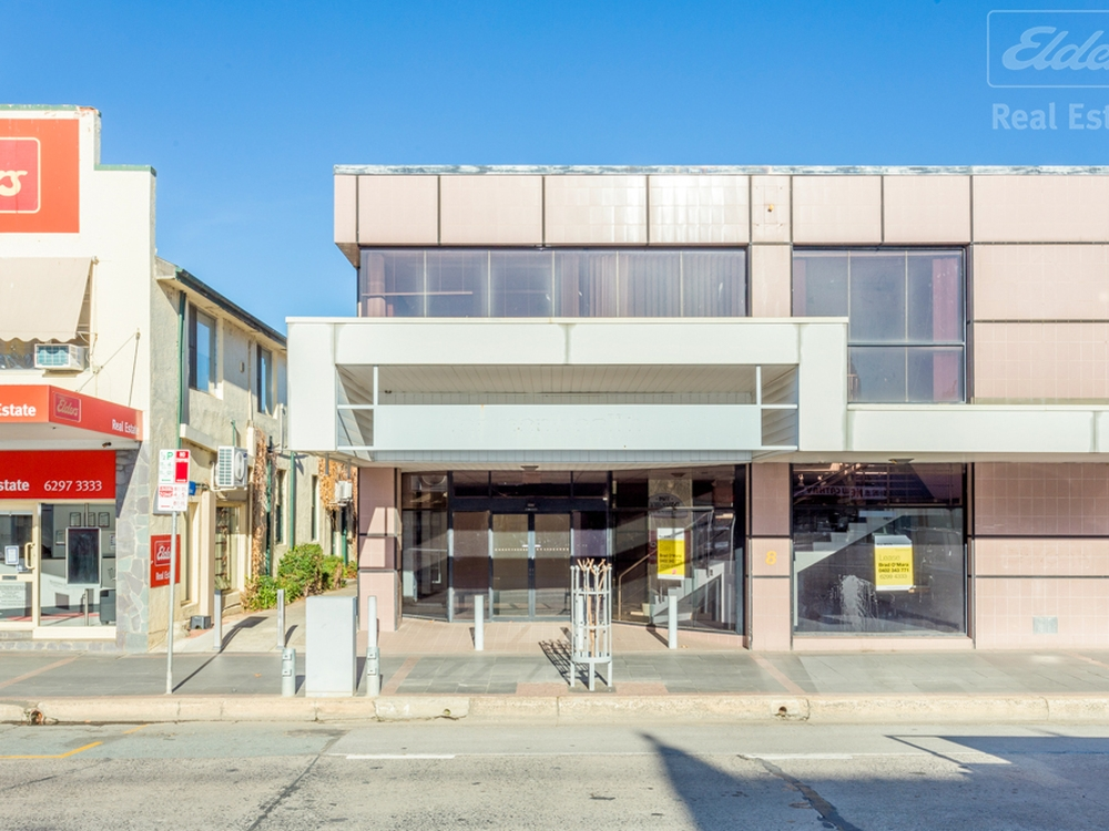 8 Monaro Street Queanbeyan, NSW 2620