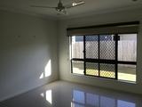 5 Como Close Kewarra Beach, QLD 4879
