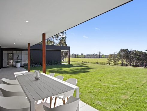 1 Clearwater Terrace Mossy Point, NSW 2537