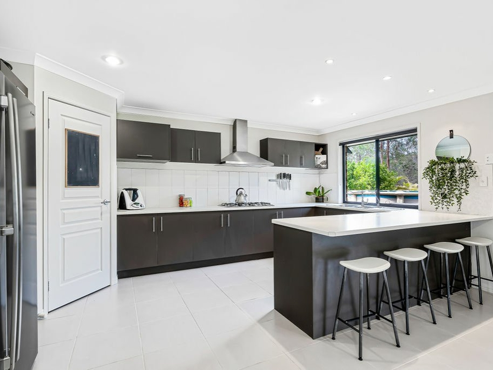 9 Waugh Court New Beith, QLD 4124