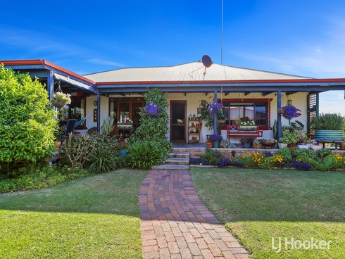 35 Minninup Road South Bunbury, WA 6230