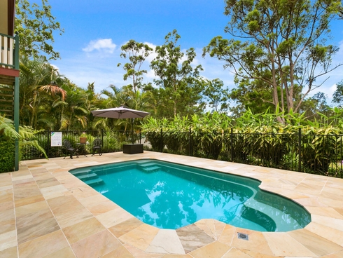 25 Brookfield Court Nerang, QLD 4211
