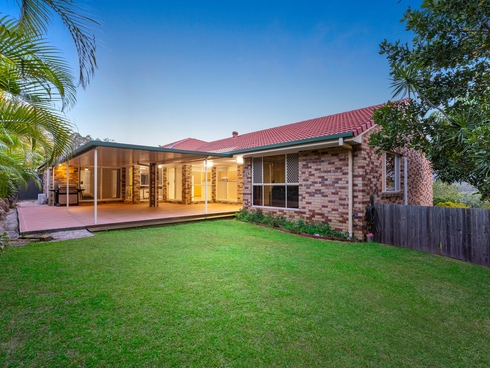 10 Atoli Rise Pacific Pines, QLD 4211