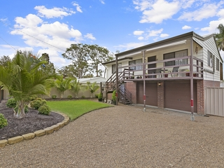 20 Griffith Street Mannering Park , NSW, 2259