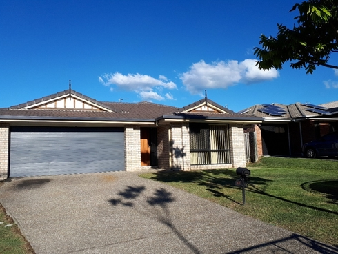 14 Starkey Street Pacific Pines, QLD 4211