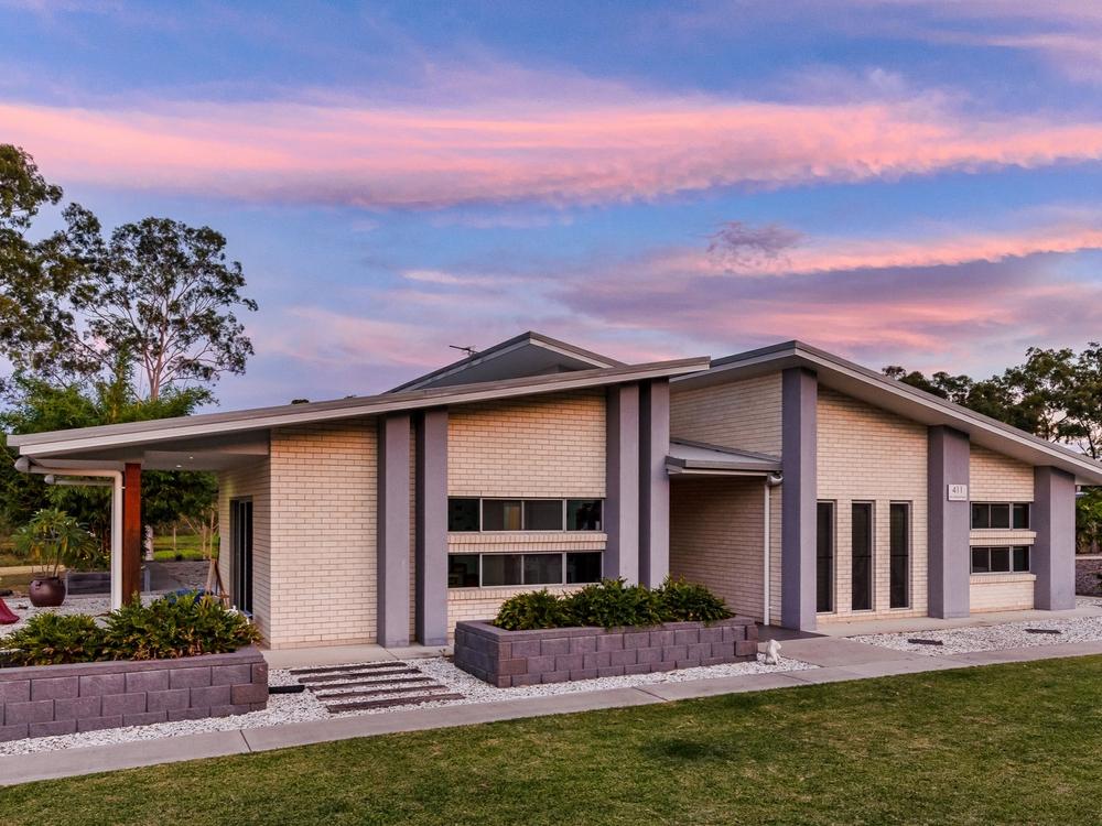411 Jim Whyte Way Burua, QLD 4680