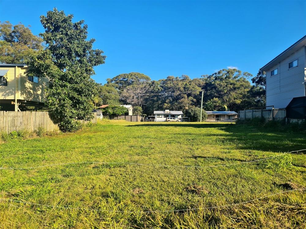62 Laurel Street Russell Island, QLD 4184