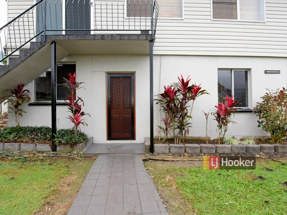 1/20 Curtis Street Tully, QLD 4854