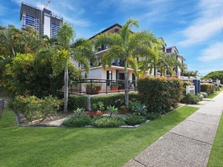 15/5 Railway Street Southport, QLD 4215