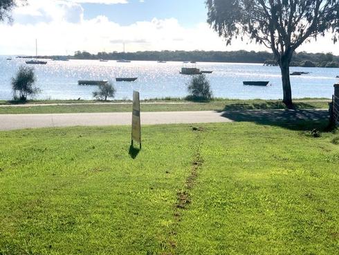 9 Wilson Esplanade Victoria Point, QLD 4165