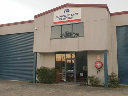 2/4 Enterprise Close West Gosford, NSW 2250