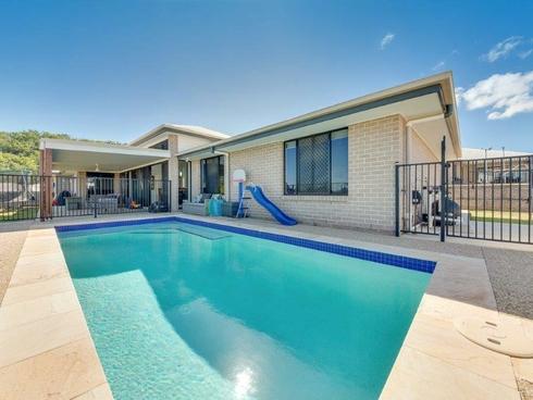 25 Wanda Drive Boyne Island, QLD 4680