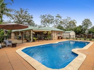 6 Azalea Close Highfields , QLD, 4352