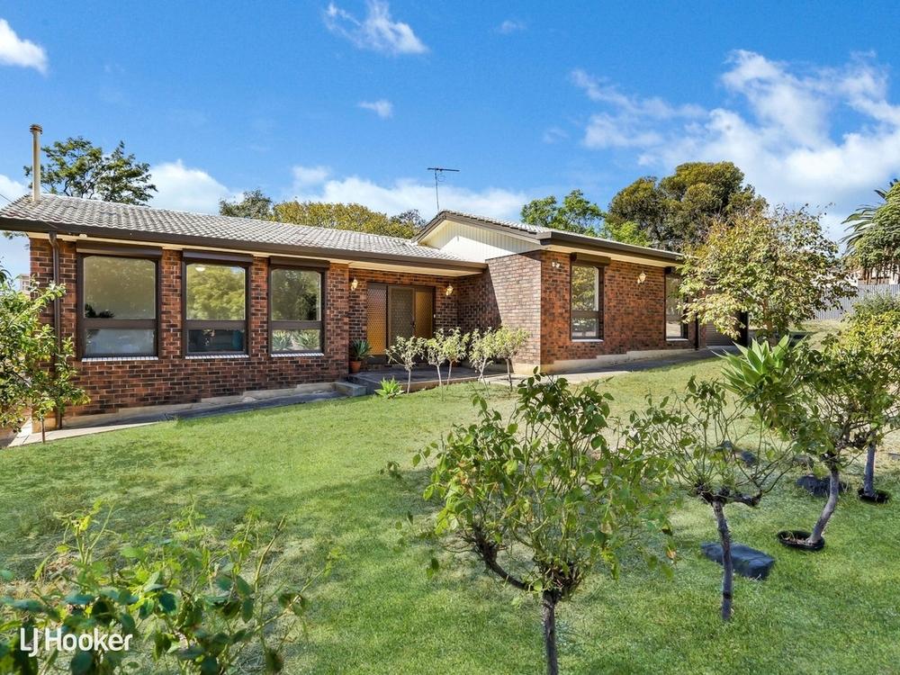 17 Thorndon Crescent Paradise, SA 5075
