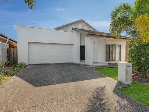 9 Francisca Drive Augustine Heights, QLD 4300
