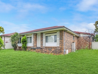 51 Cowper Circle Quakers Hill , NSW, 2763