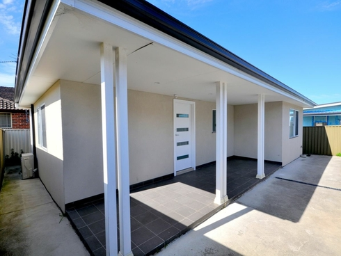 Granny Flat/4A Cragg Street Condell Park, NSW 2200