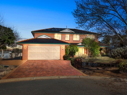8 Barn Place Palmerston, ACT 2913