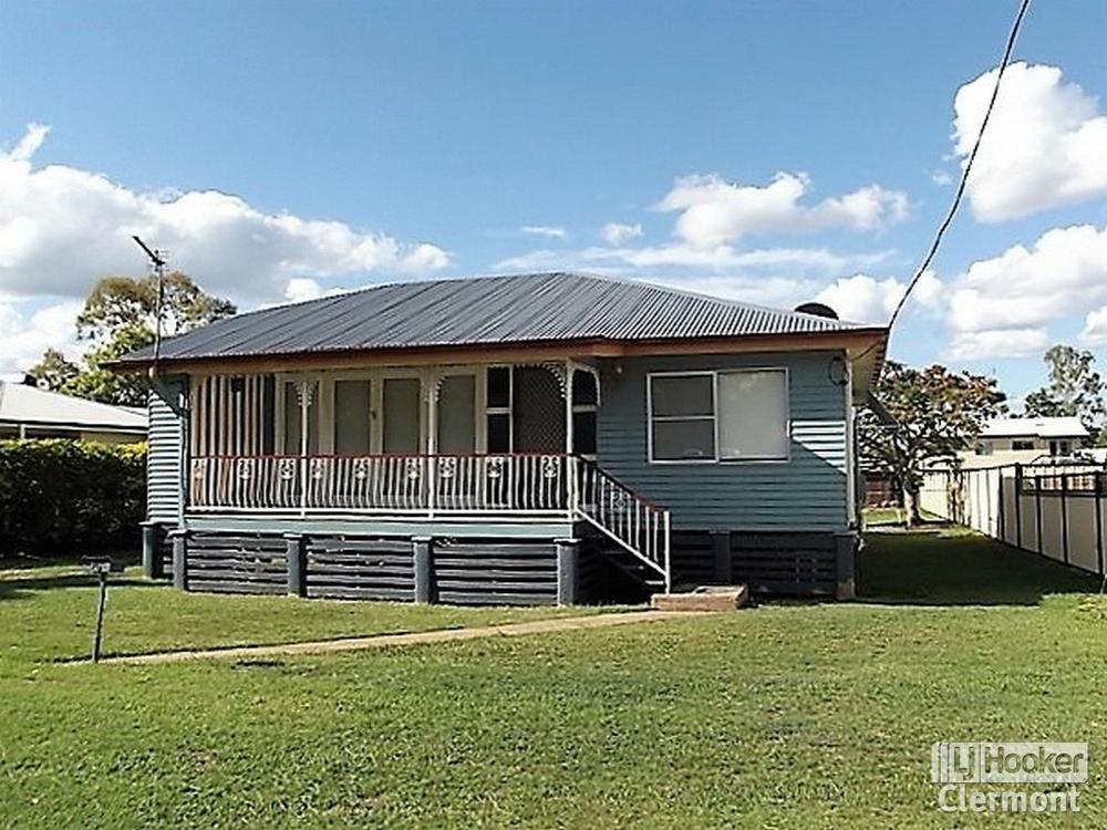 26 Monash Street Clermont, QLD 4721