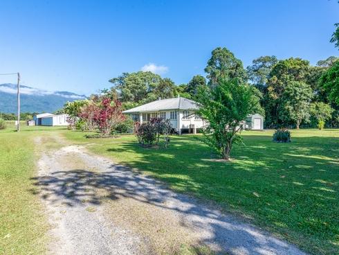 127 Miallo Road Miallo, QLD 4873
