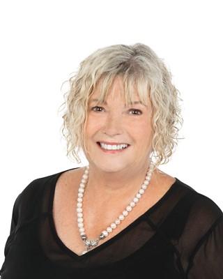 Sue Stewart profile image